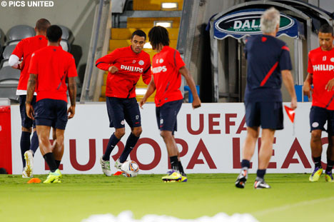 PSV had a sixty-minute training session on Wednesday night.