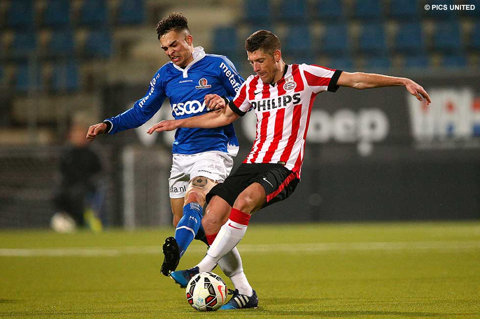 Stijn Schaars continued to recover from injury with playing for Jong PSV | © Pics United