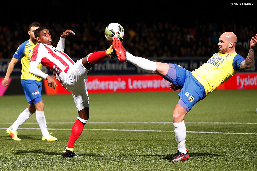 Bryan Smeets proved a handful for PSV U21's defence in the first half