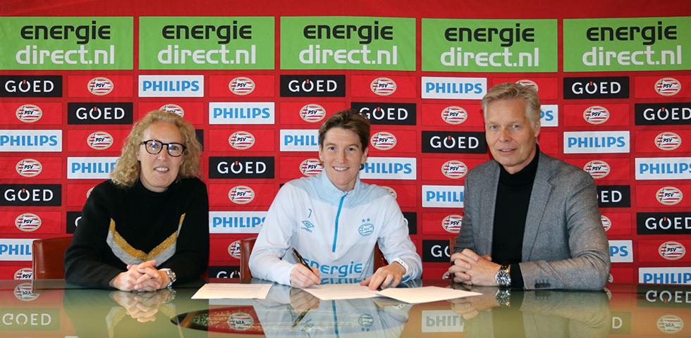 Aline Zeler coach beloftenteam PSV Vrouwen