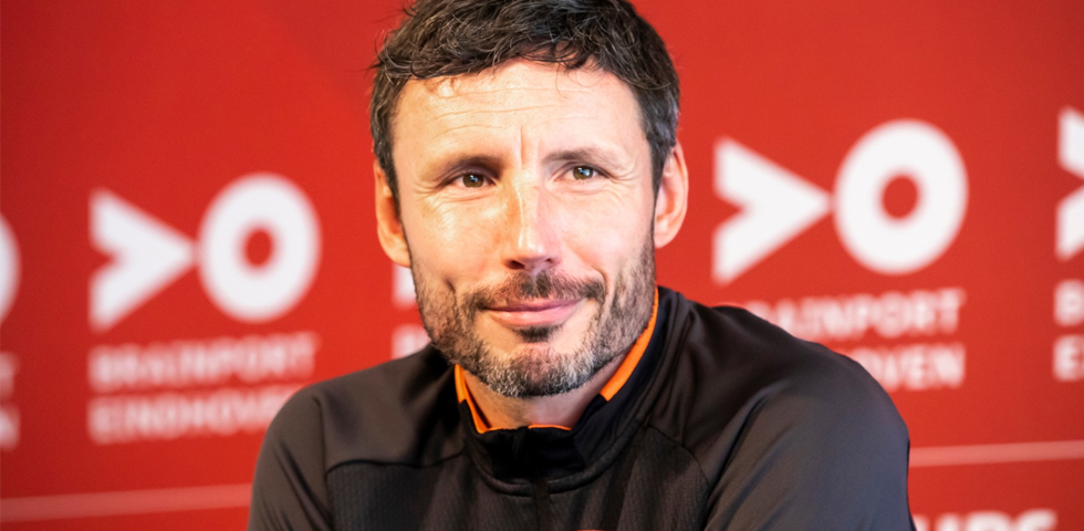 Van Bommel: 'Retaining the title is difficult'