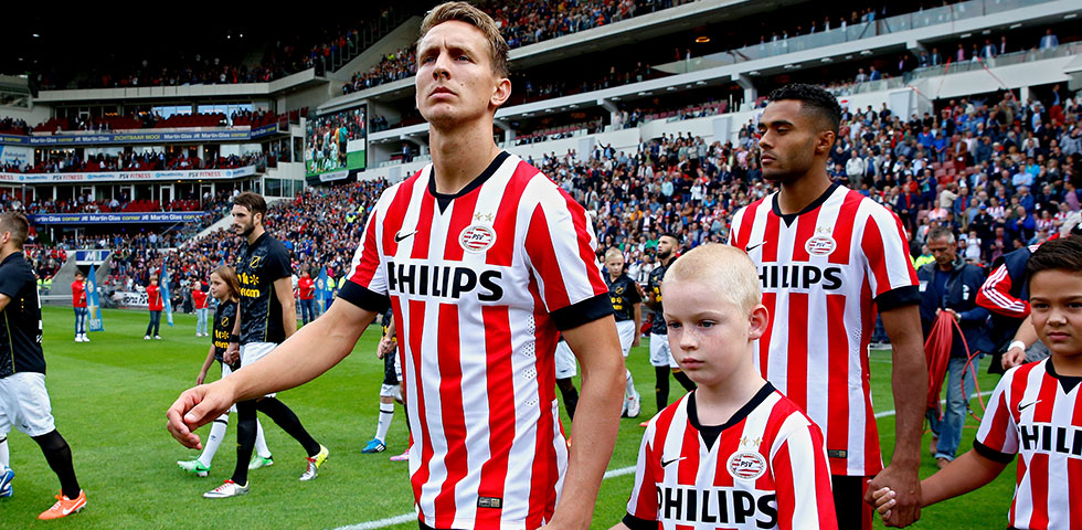 PSV line-up against Willem II