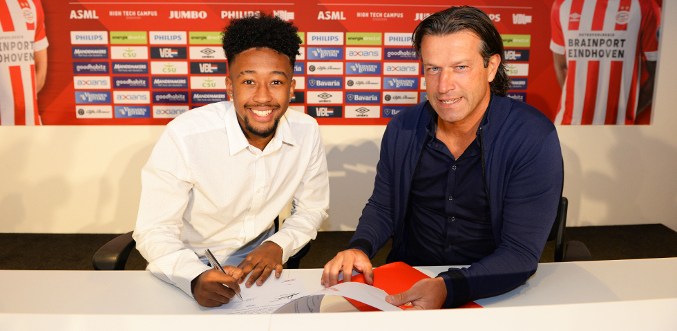 Chris Gloster joins PSV on a three-year deal from Hannover 96