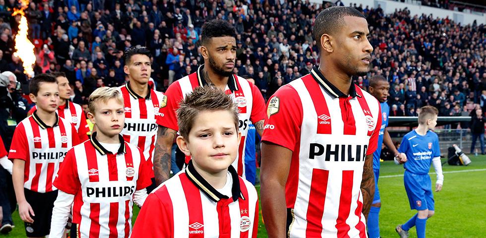 PSV V De Graafschap Team News