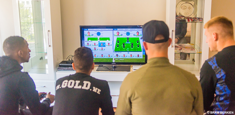 PSV voegt eSports-gamer toe aan selectie