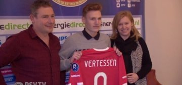 Talent Vertessen (16) tekent eerste contract