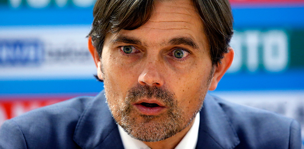 Cocu proud of resilient PSV