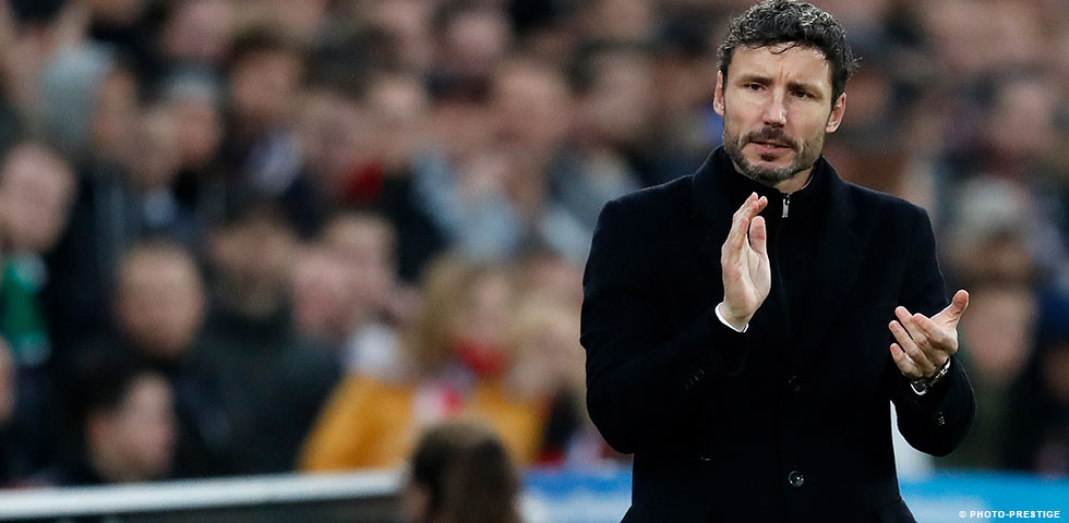 Van Bommel will not ring the changes for clash with Excelsior