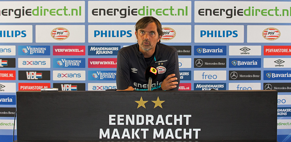 Cocu:  'Luuk de Jong will start against ADO'