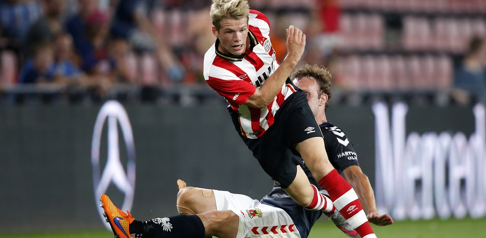 PSV verlengt contract Laursen tot 2020